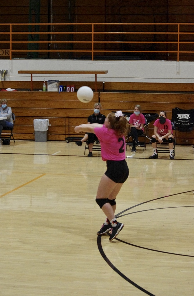 Allie Fuhrman making a good pass