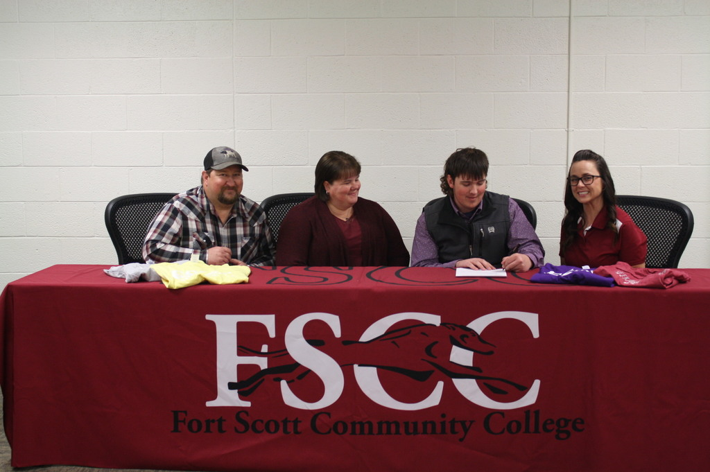Braden signing with FSCC