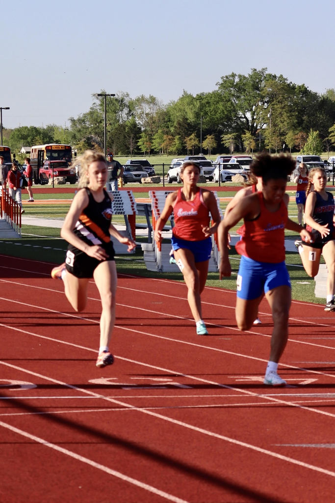 Danielle Howard running the 100M Dash.