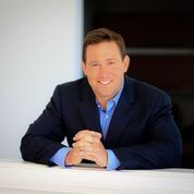 Photo of best selling author Jon Gordon