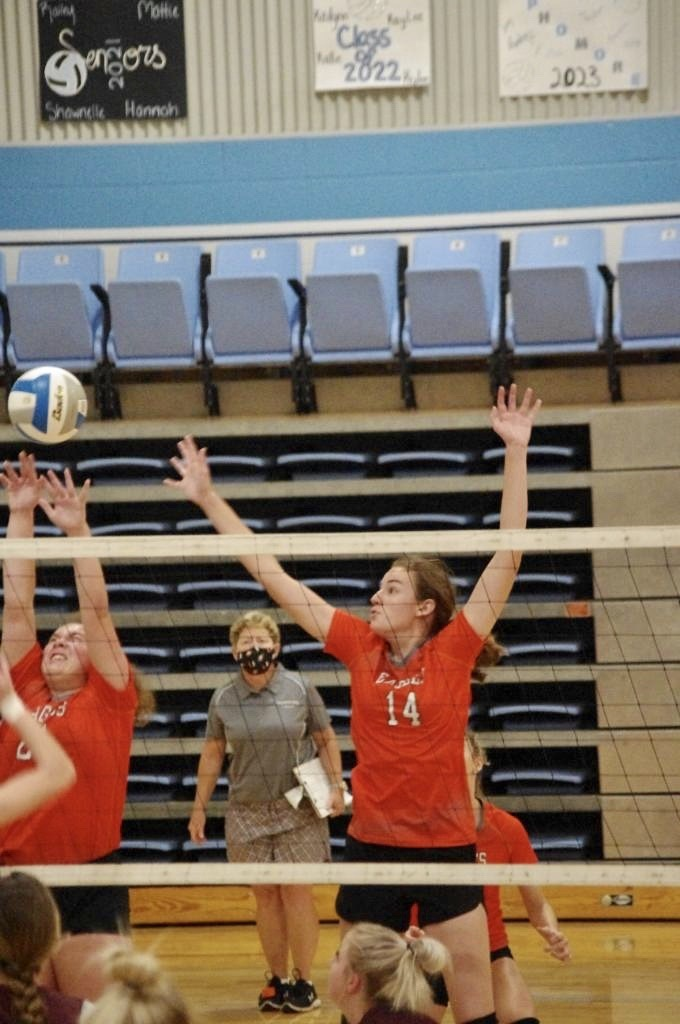 Picture of Gwen Fry going for a block against YC